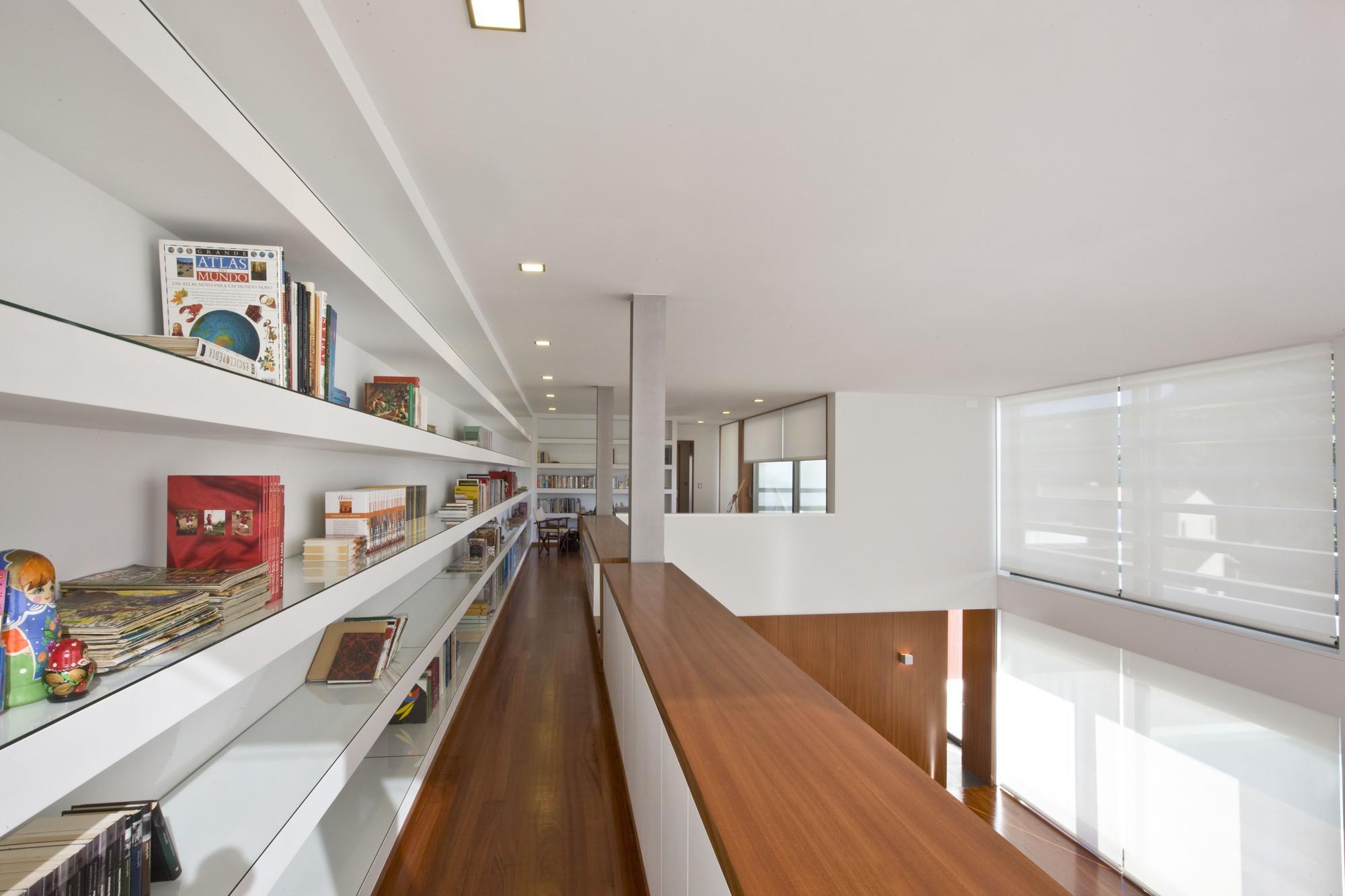 Sg house atelier d 39 arquitectura j a lopes da costa - Atelier arquitectura ...