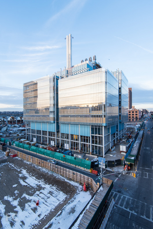 Renzo Piano's Columbia University Science Center to Open Next Year, Northeast corner. Image © Field Condition