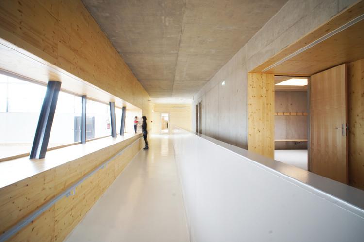 Renovação e Extensão do Ginásio em Vagney / Abc Studio Architects + Christian Vincent Architect, © Cyrille Lallement