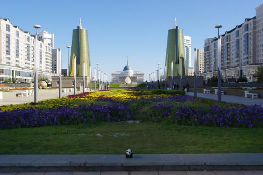 Centro de la ciudad de Astana. Imagen © Flickr user  lirneasia