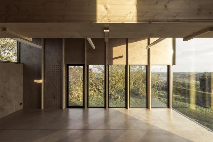 cliffs impasse ziegler antonin architecte archdaily brasil. Black Bedroom Furniture Sets. Home Design Ideas