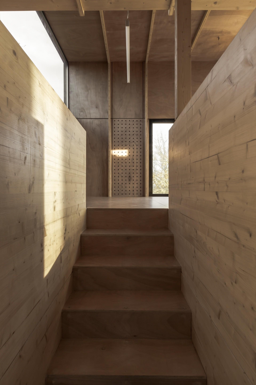 gallery of cliffs impasse ziegler antonin architecte 8. Black Bedroom Furniture Sets. Home Design Ideas