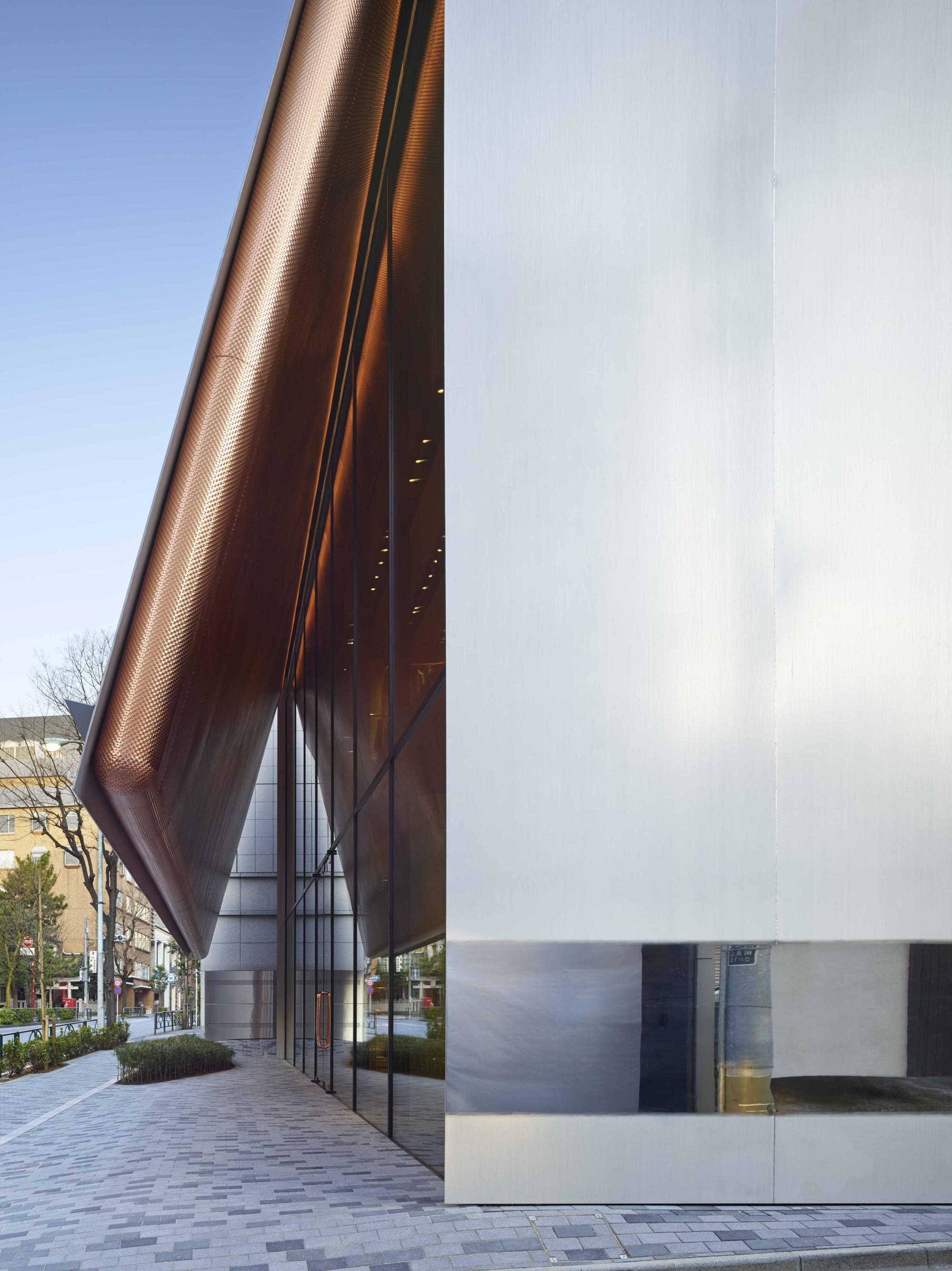 Architecture Store Facades