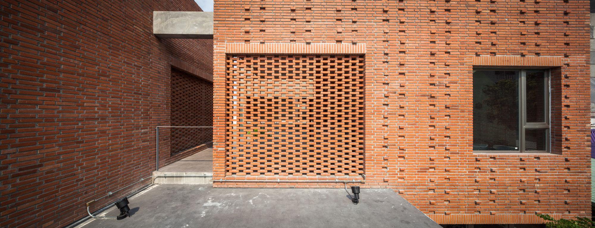Gallery Of Ngamwongwan House Junsekino Architect And