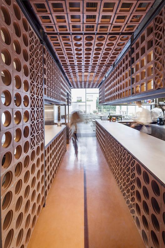 Disfrutar Restaurant / El Equipo Creativo, © Adrià Goula