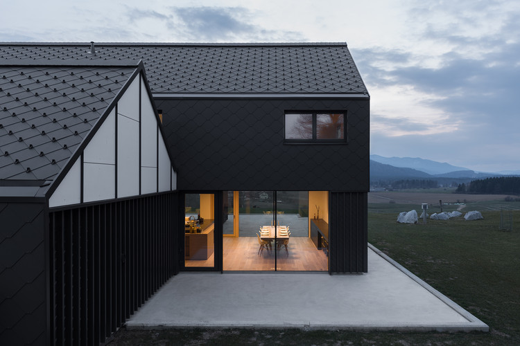 Residência M  / SoNo Arhitekti, © Žiga Lovšin
