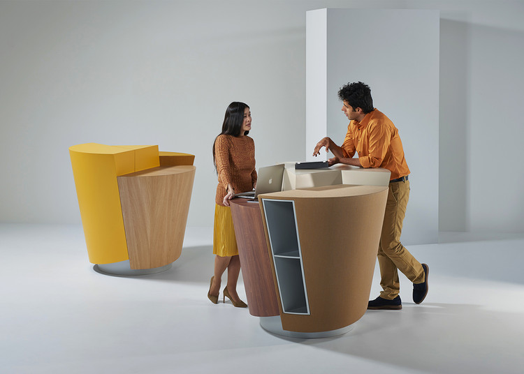 Mesa de trabajo StandTable / UNStudio, © PROOFF / Pim Top