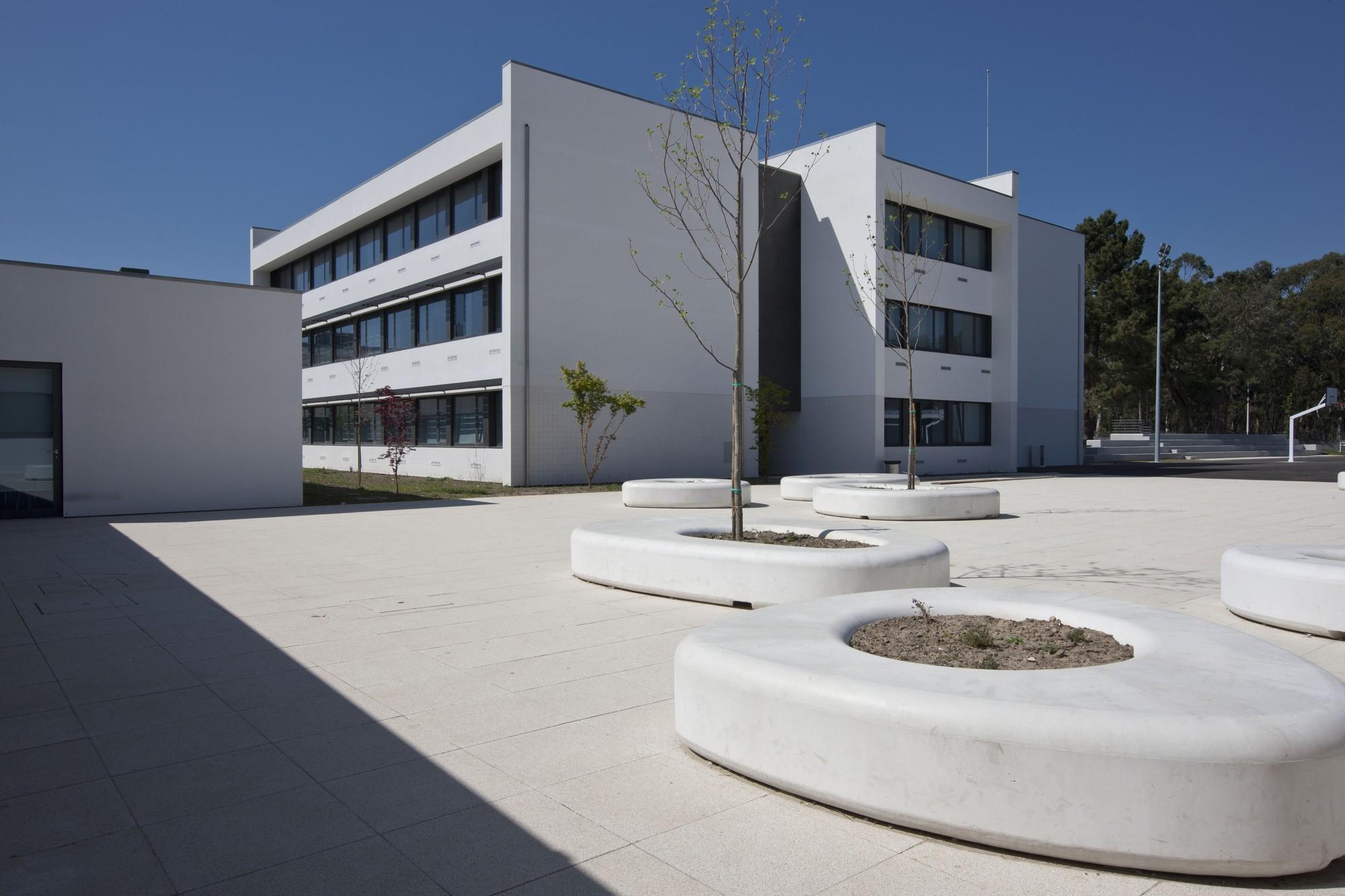 Escola Secundária JOSÉ MACEDO FRAGATEIRO / Atelier d'Arquitectura J. A. Lopes da Costa, © Manuel Aguiar
