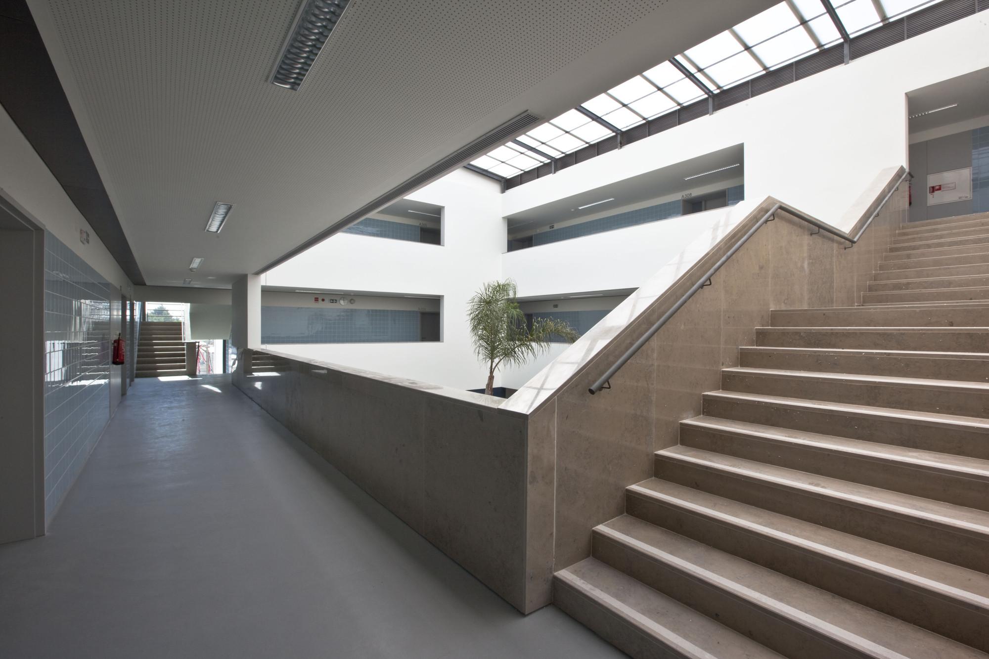Gallery of jos macedo fragateiro secondary school - Atelier arquitectura ...