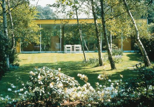 Richard Roger's parents' house in Wimbledon, London. Image © Rogers Stirk Harbour + Partners LLP