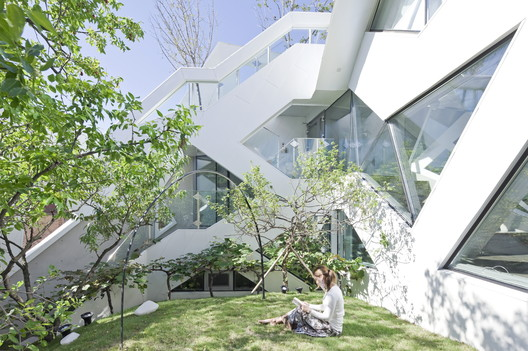 HWA HUN / IROJE KHM Architects