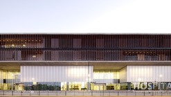 La Florida Metropolitan Hospital Clinic / Murtinho+Raby Arquitectos (Pedro Murtinho, Santiago Raby) + BBATS Consulting & Projects SLP (Silvia Barbera, Jorge Batesteza, Cristóbal Tirado)