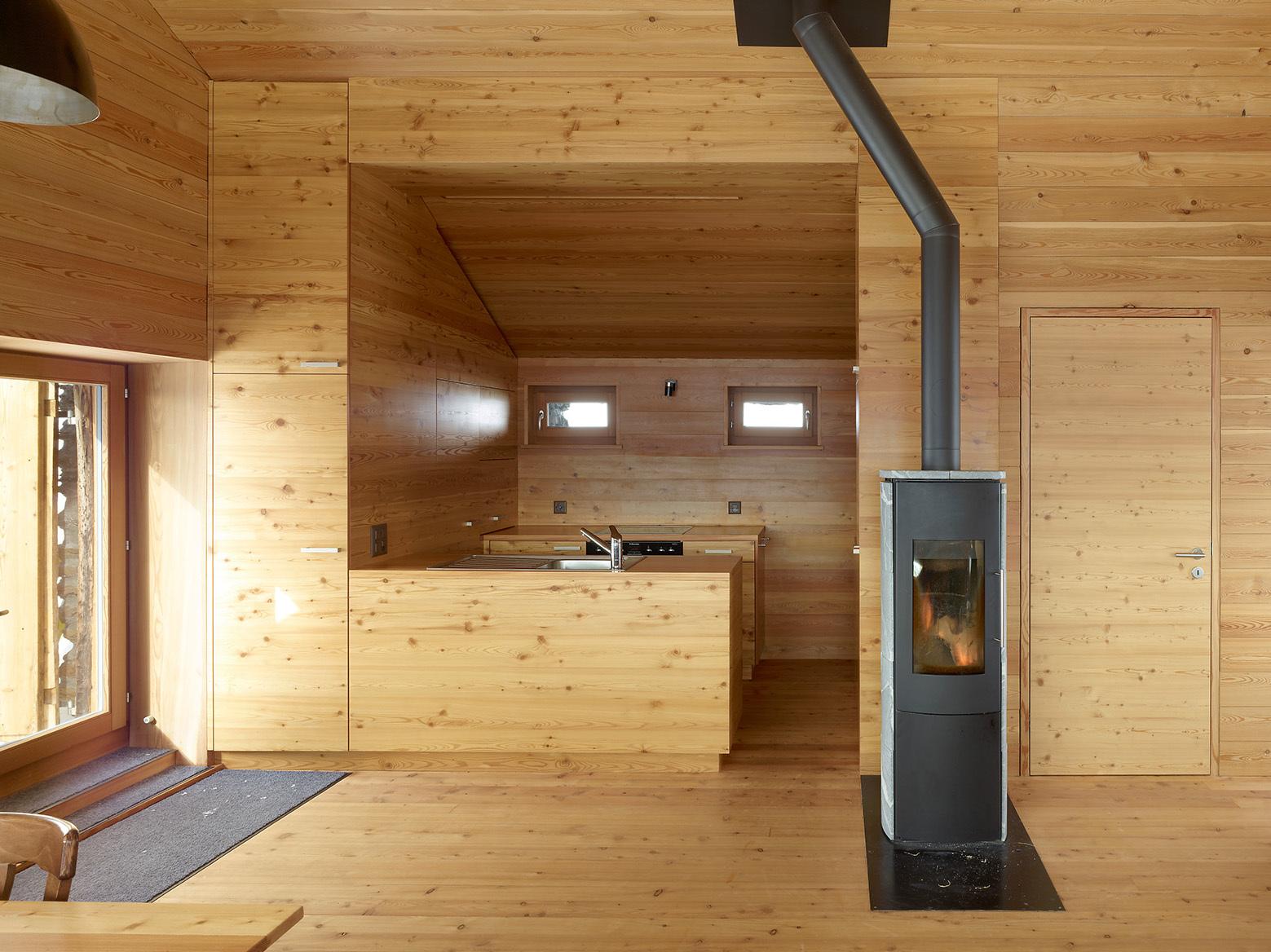 55274c82e58ecea119000437 K Sf Anz 621 Jpg on Barn House Plans With Loft