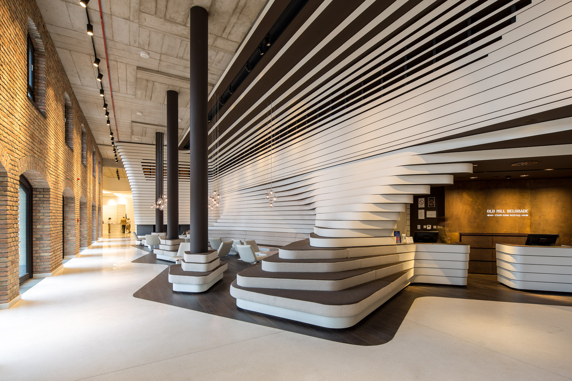 Hotel old mill graft architects archdaily brasil for Cool design hotel