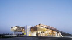 "O ""Hipódromo De La Baie"" / NOMADE Architects"