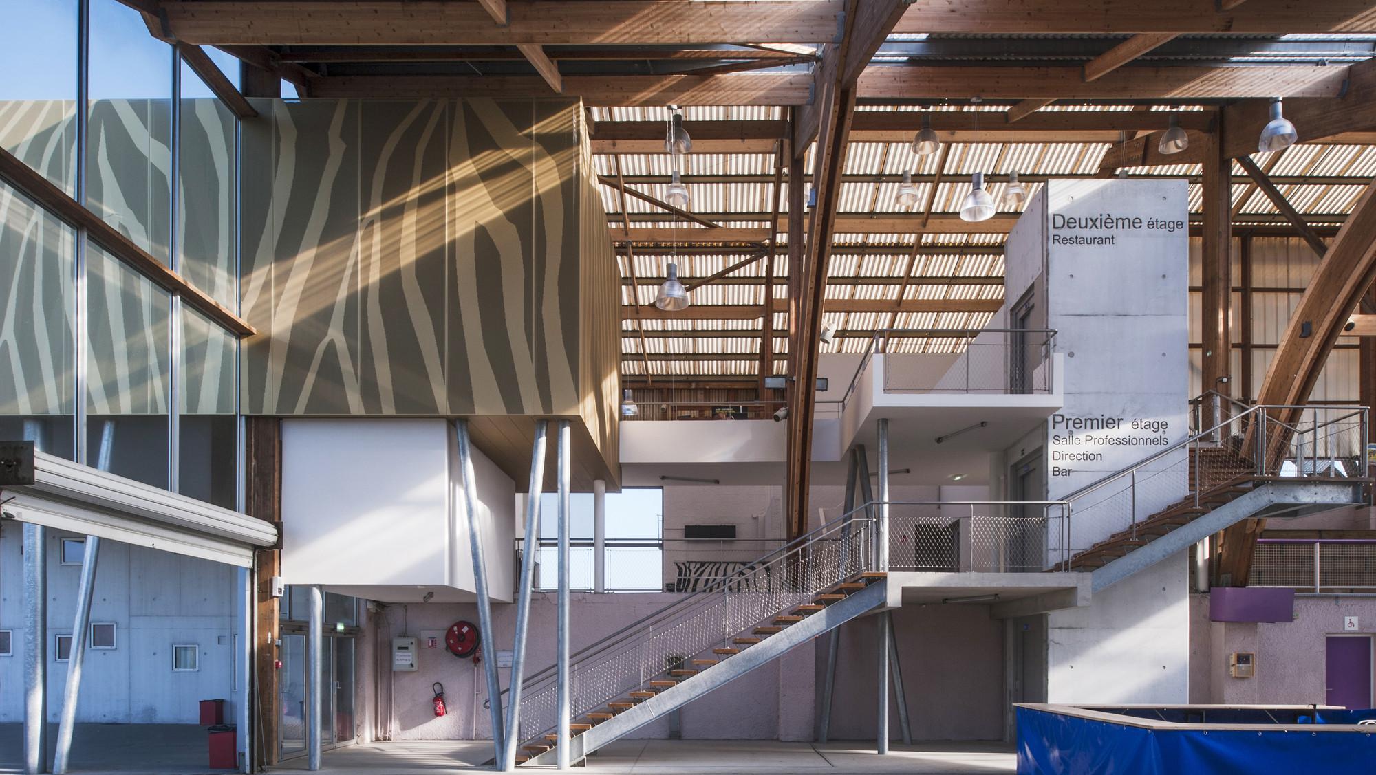 Galeria De O Hip Dromo De La Baie Nomade Architects 6