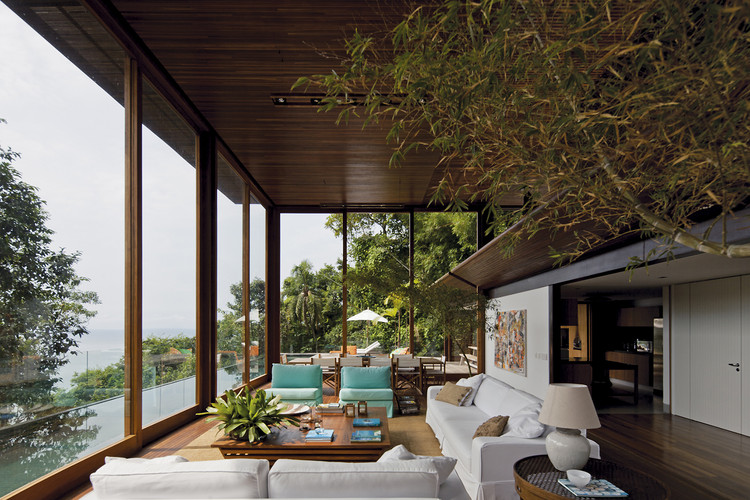 AMB House / Bernardes + Jacobsen Arquitetura, © Leonardo Finotti