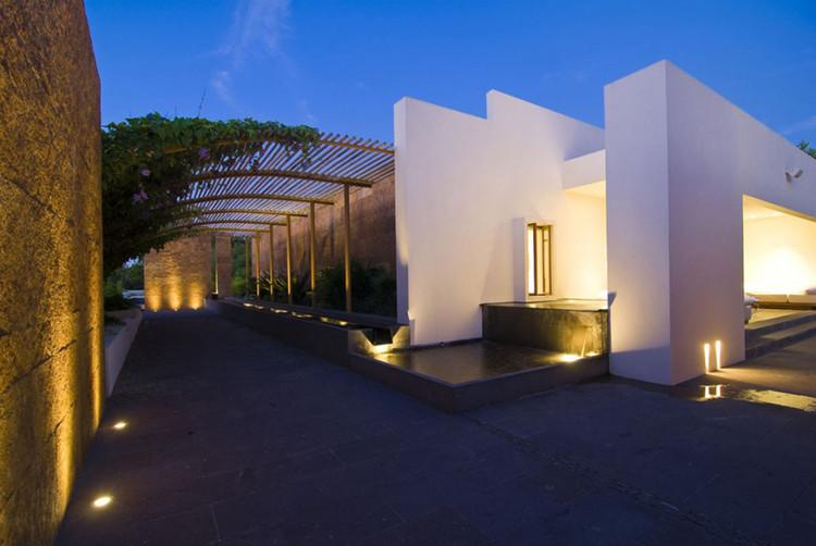 Casa Lunamar / José Vigil Arquitectos, Corteia de José Vigil Arquitectos