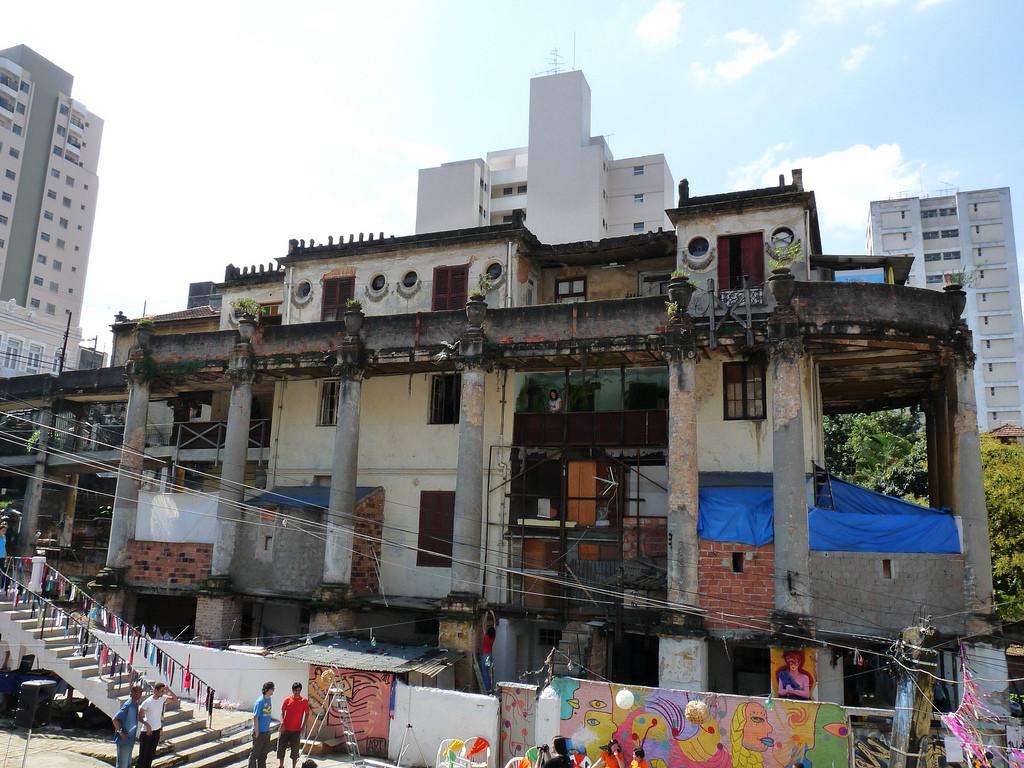 Centro Maria Antonia promove debate sobre a restauração da Vila Itororó, © Hélio Bertolucci Jr., via Flickr. CC