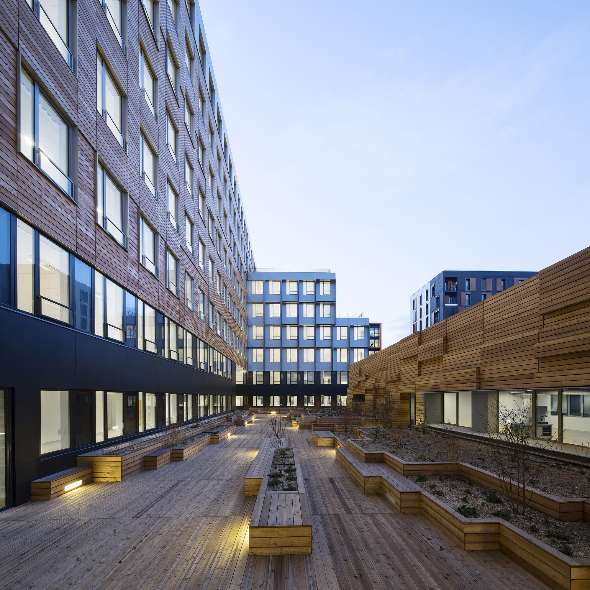 Dock En Seine Offices / Franklin Azzi Architecture, Courtesy of Franklin Azzi Architecture