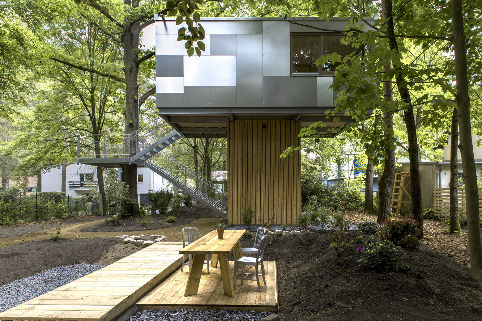 Gallery of urban treehouse baumraum 5 Home architecture blogs