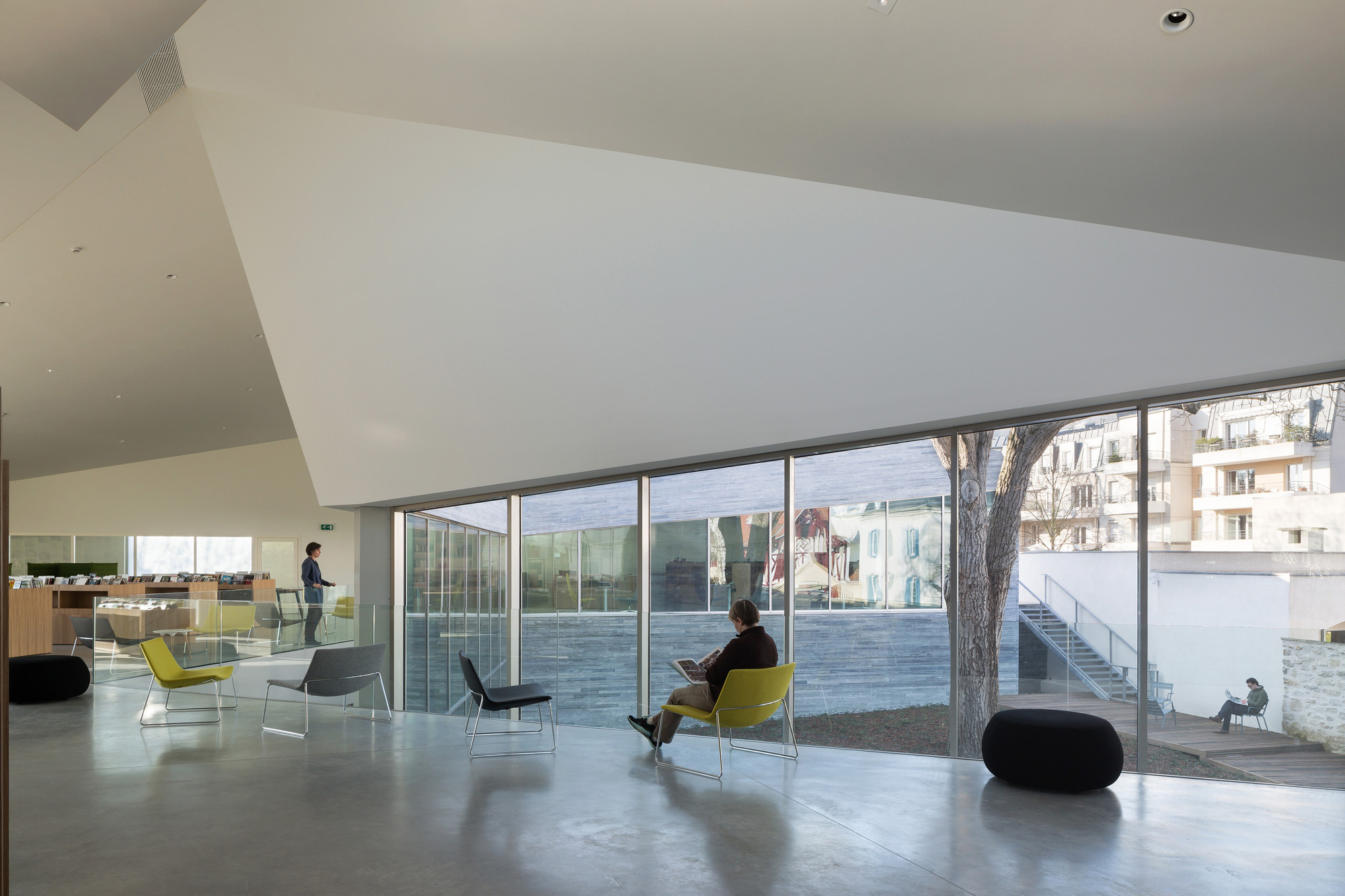 galer a de mediateca en bourg la reine pascale gu dot architecte 12. Black Bedroom Furniture Sets. Home Design Ideas