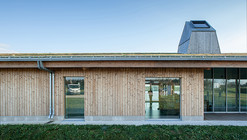 Lac de Vioreau Leisure Center / Guinée et Potin Architects