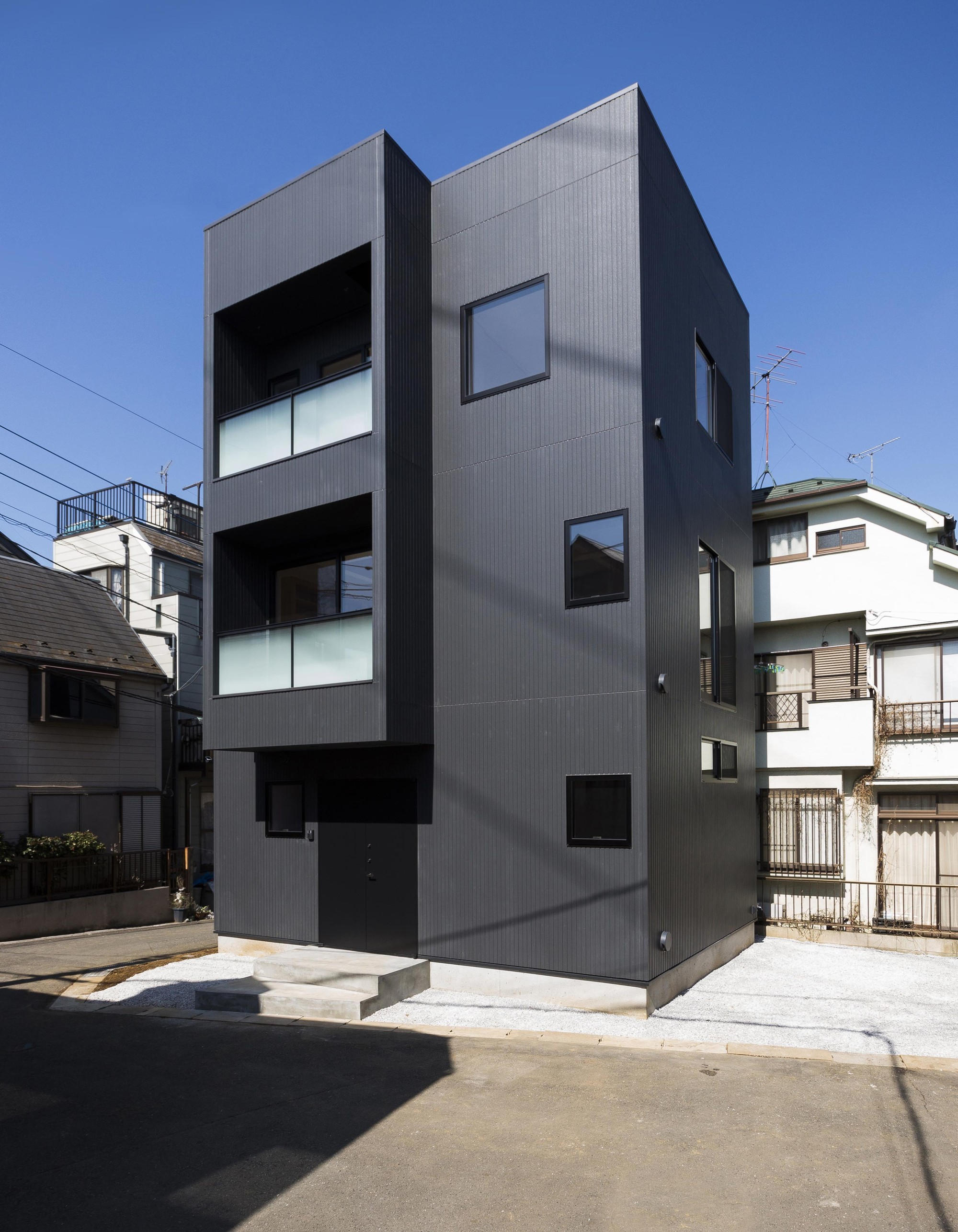Casa hibarigaoka s kaida architecture design office - Small office building exterior design ideas ...