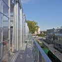 23 unidades de vivienda semi colectivas / Lacaton & Vassal. Imagen © Philippe Ruault