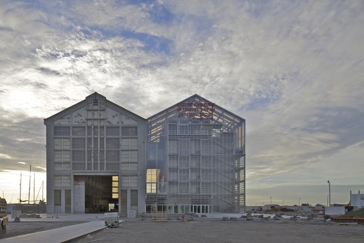 As lições de Lacaton & Vassal para se construir modestamente, FRAC Dunkerque / Lacaton & Vassal. Image © Philippe Ruault