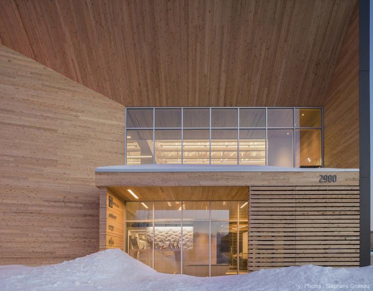STGM Head Office  / STGM Architectes , © Stéphane Groleau
