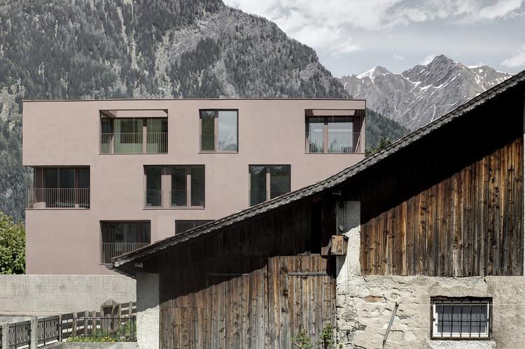 Residencia Pfarrmessner Sterzing / Pedevilla Architects, © Gustav Willeit