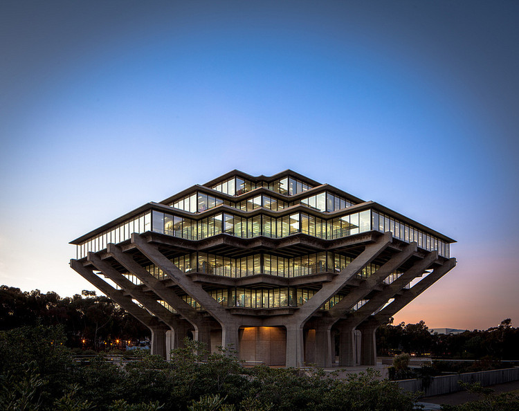 Spotlight: William Pereira, Geisel Library. Image © Darren Bradley