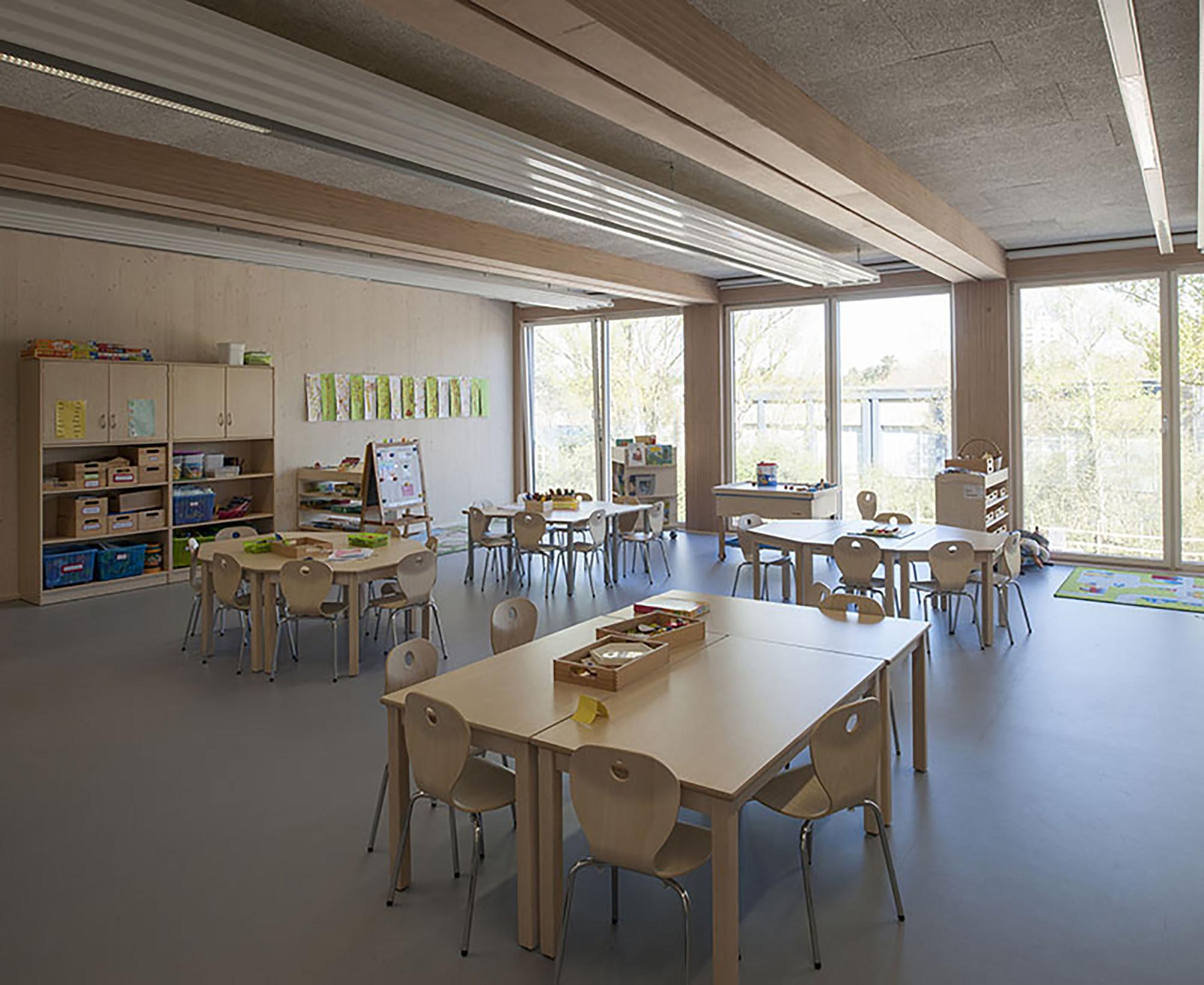 European School in Frankfurt / NKBAK