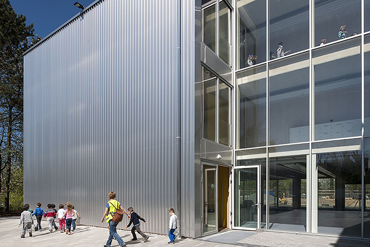 Escola Europeia em Frankfurt / NKBAK , © Thomas Mayer