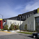 Tassafaronga Village / David Baker Architects. Imagem © Brian Rose