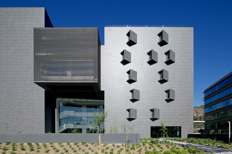Terraza Offices / Gonzalo Mardones V Arquitectos, © Nico Saieh