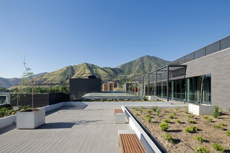 Terraza Offices Gonzalo Mardones V Arquitectos Archdaily
