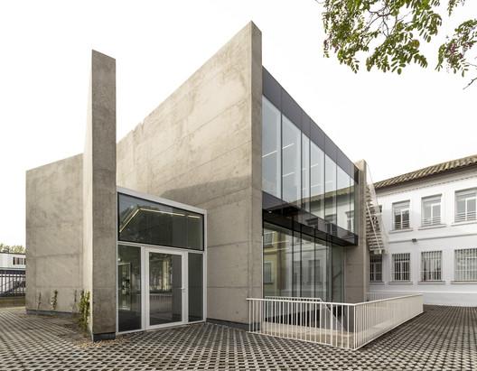 Esther Koplowitz Foundation / Hans Abaton