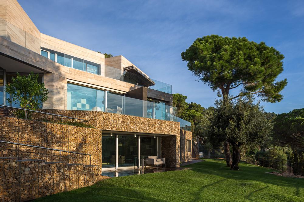 Llorell House in La Costa Brava / DOSARQUITECTES, © Simon Garcia
