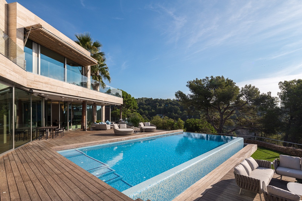 llorell house in la costa brava simon garcia