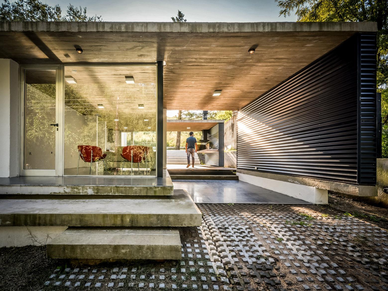 La Viña Suburban Dwelling / Juan Salassa, Santiago Tissot & Iván Castañeda, © Gonzalo Viramonte