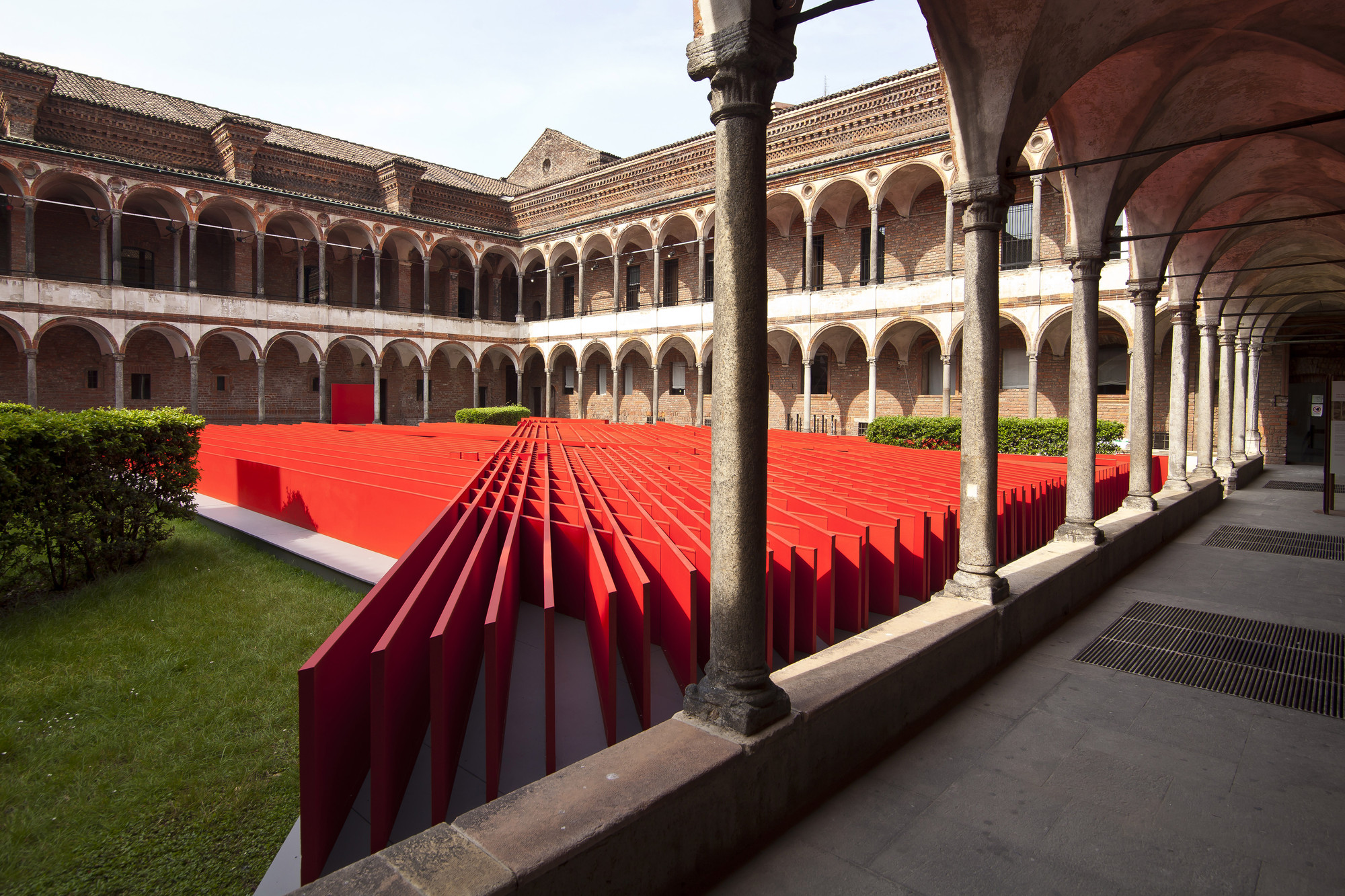 "Daniel Libeskind's ""Future Flowers"" Represent Oikos at Milan Design Week, Courtesy of Oikos"