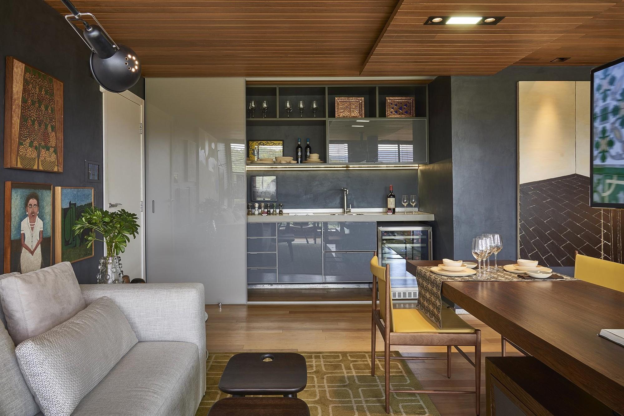 Uma Jn Living Room