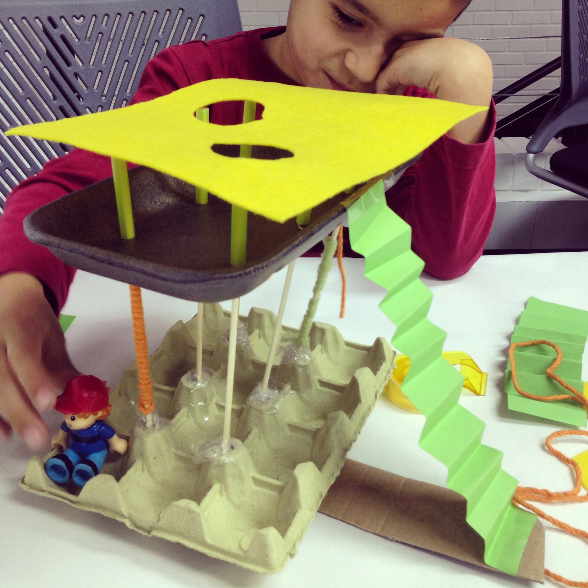 Chiquitectos: cuando niños y niñas experimentan con la arquitectura, La arquitectura como refugio: propuesta de Samuel, 6 años. Image © Chiquitectos