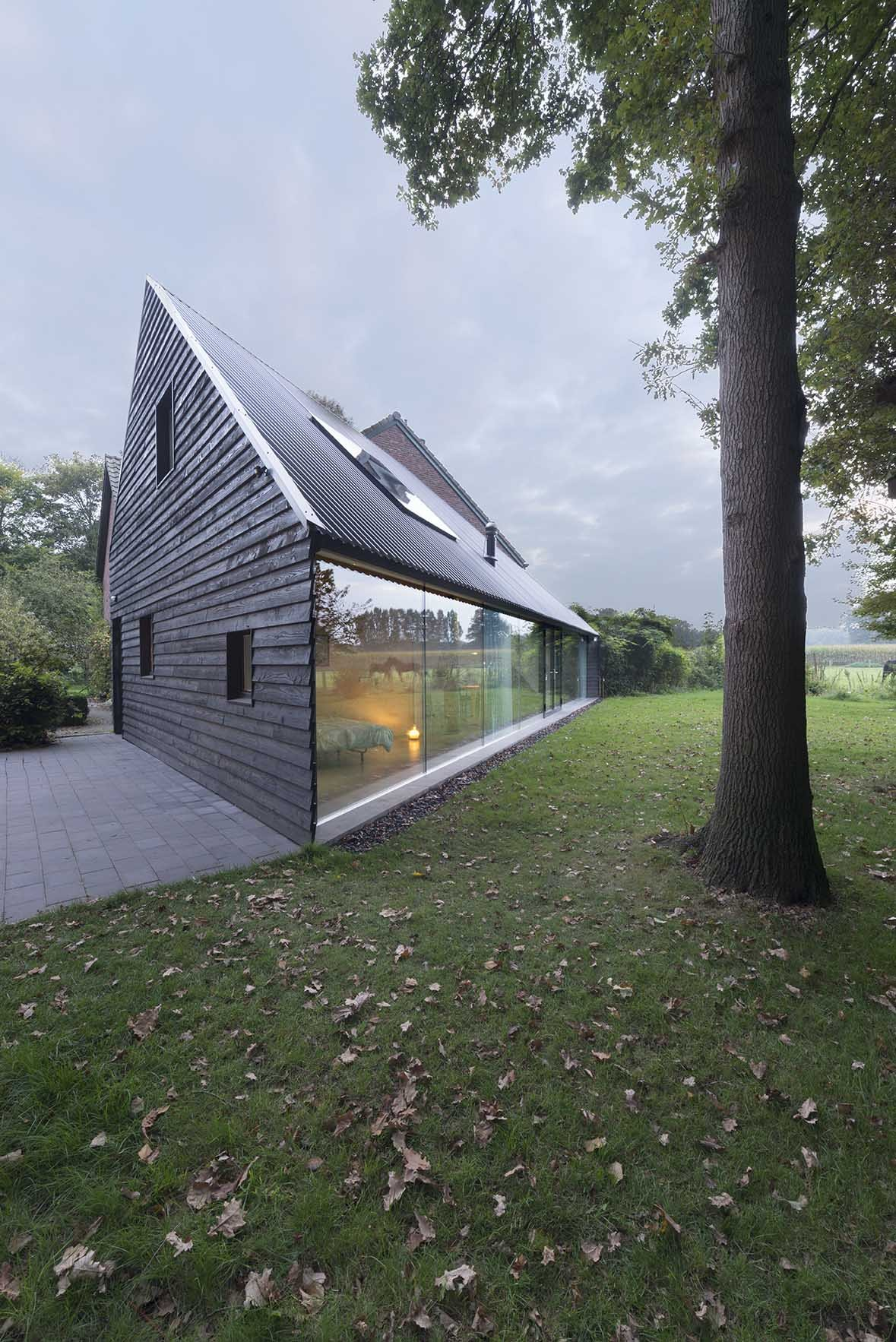 This House With Bluestone Walls Overlooks The Landscape: House In Almen / Barend Koolhaas