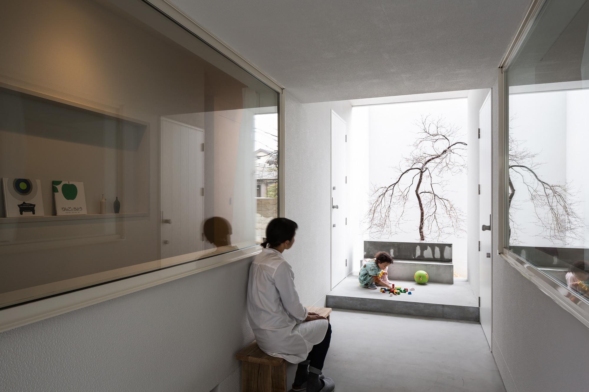 Gallery of Framing House / FORM | Kouichi Kimura Architects - 24