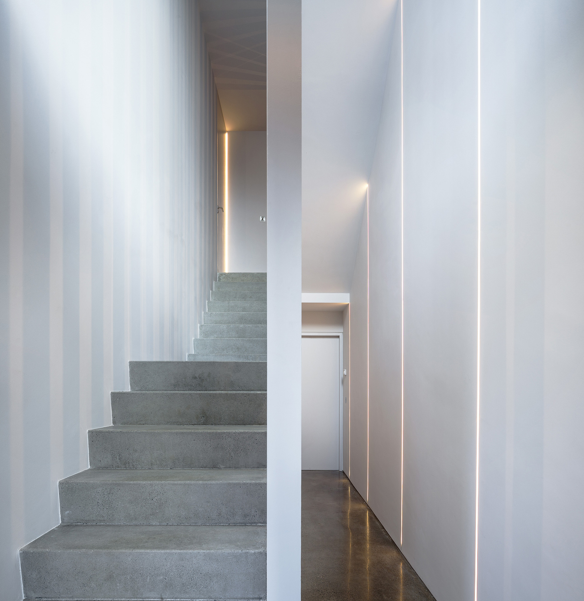 Percy Lane Luxury Homes / ODOS architects   ArchDaily