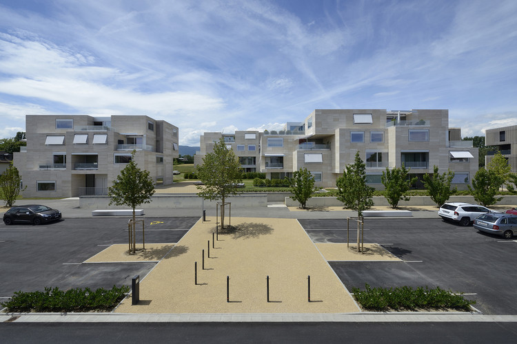 """Housing and Urban Planning of """"Grand-Pré"""" Neighbourhood / Luscher Architectes, © Pierre Boss"""