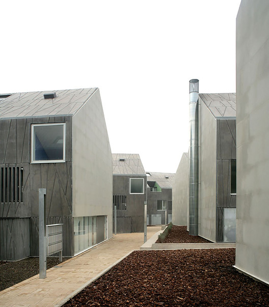 Habitação Social VPO em Ciudad Real  / Rojo/Fernández-Shaw , Cortesia de Rojo/Fernández-Shaw